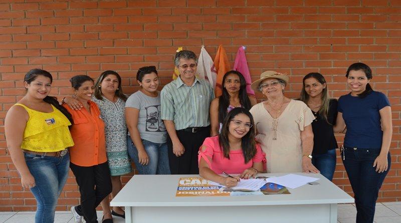 Carla Brito assina carta-compromisso do programa 'Cidades Sustentáveis'