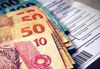 Arrecadação com impostos têm pior mês e cai 10%