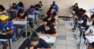 Reformas no ensino médio não alteram Enem deste ano, diz ministro