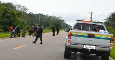 Após rebelião e mortes na capital, PM monta barreira de fiscalização em Cruzeiro do Sul