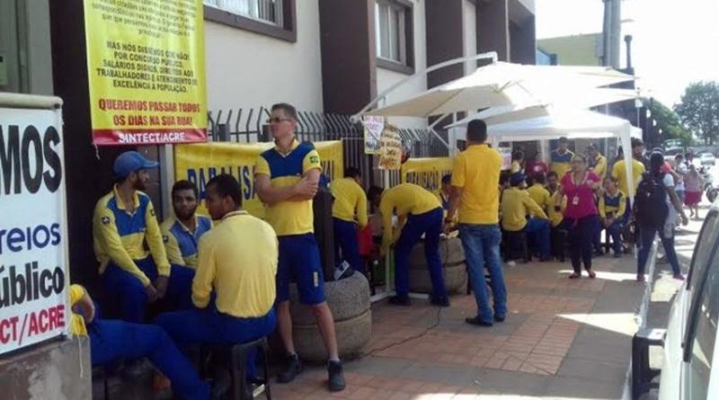 Trabalhadores dos Correios no Acre iniciam greve geral por tempo indeterminado