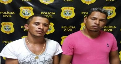 Polícia prende dois homens por roubo e tráfico