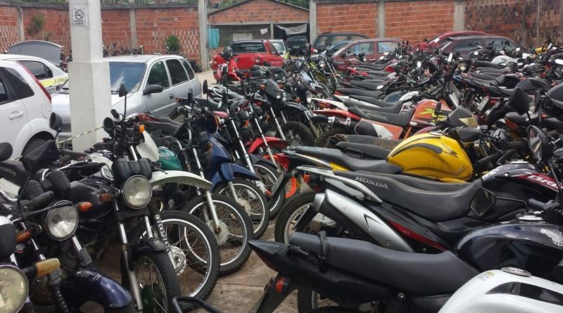 Detran vai leiloar mais de 100 veículos em Cruzeiro do Sul