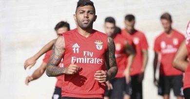 Gabigol é liberado pelo Benfica e segue negociando no Brasil