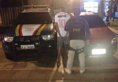 Homem seguia para Brasileia com carro roubado enquanto família era refém